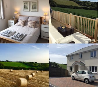 Dbl bedroom, pvt bathroom, views, b/fast - Mawnan
