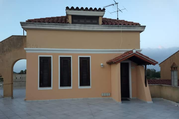 HOLIDAY HOUSE IN THE TERRACE AT THE NEW BORGO