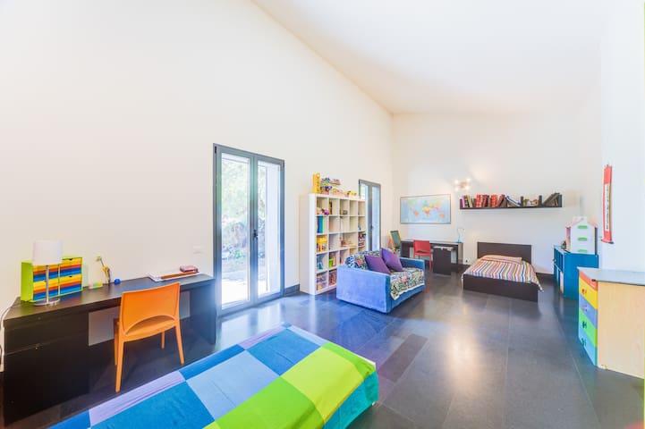 Main House - Room 2