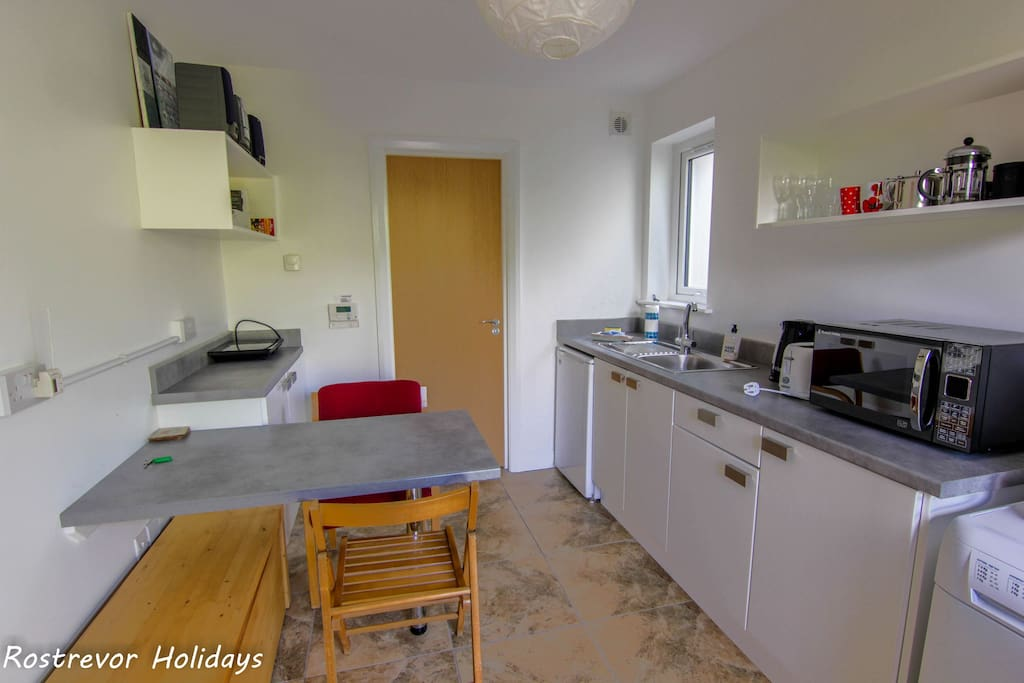 Compact Kitchen, The Annexe, Rostrevor Holidays