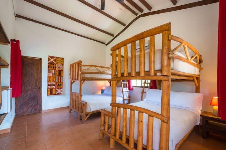 Istmo Yoga and Adventure Retreat Quad Room