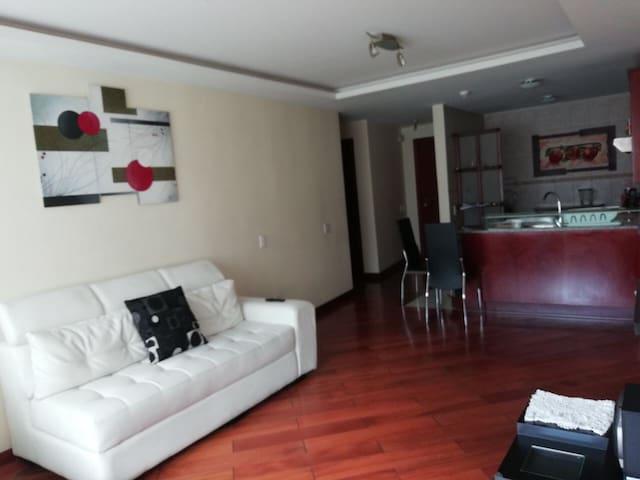 Suite de lujo, en urbanización exclusiva Quito