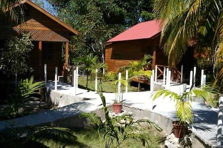 Quinta Halkab Pal cabaña Standar vista a la piscin - Nature lodge