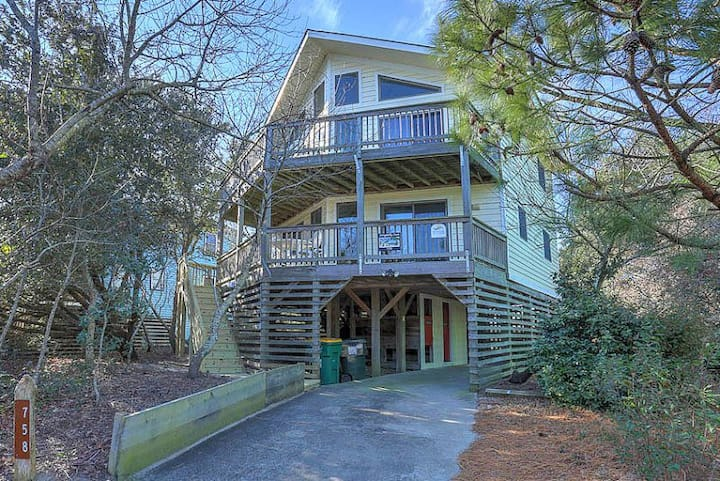 1655* Dragonfly Cove* 8 min.walk to beach access* Pet Friendly* Private Pool