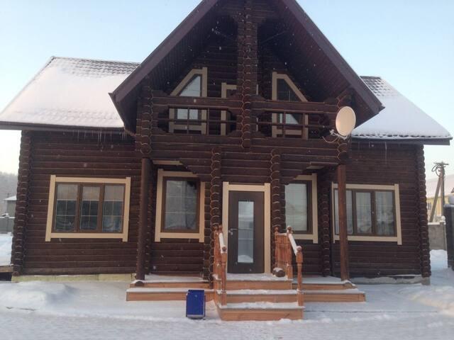 Экологически чистый дом из бревен