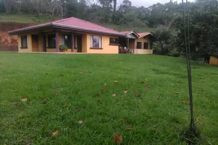 Casa Grande Privada - San Carlos