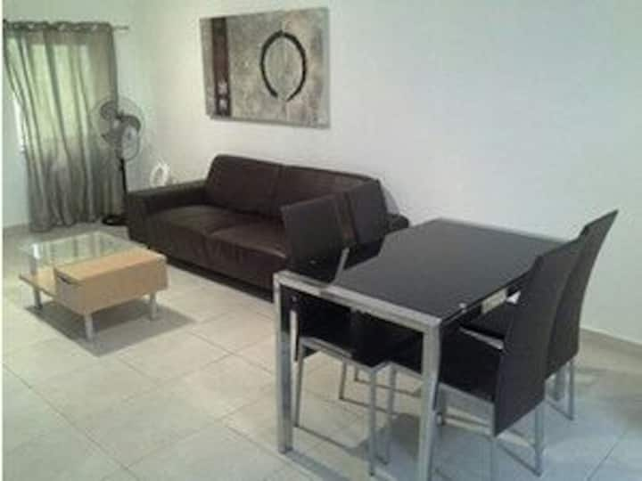 St.Julian's apartment centrally located!