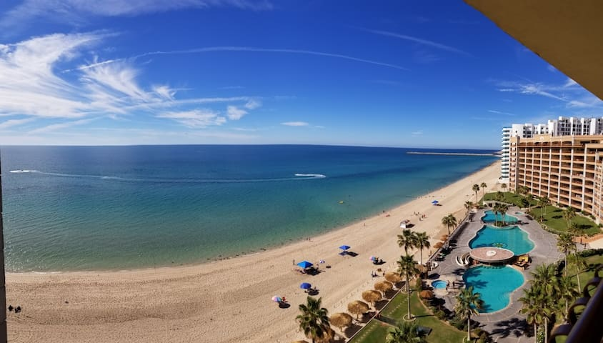 Puerto Penasco Condo with the View of Sandy Beach