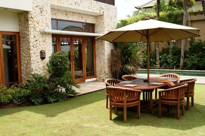 Luxury Balinese Villa - incl driver - Bali - Hus
