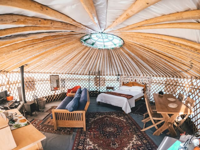 Yurt in South Devon (Heathfield Escapes, sleeps 4)