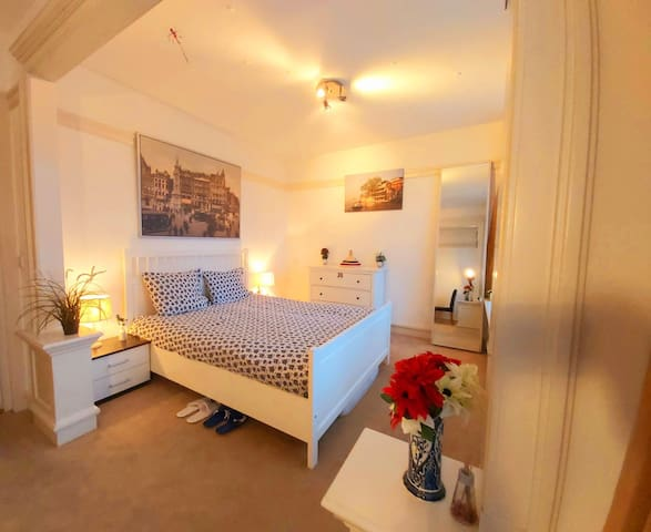 Charming room in central Amsterdam