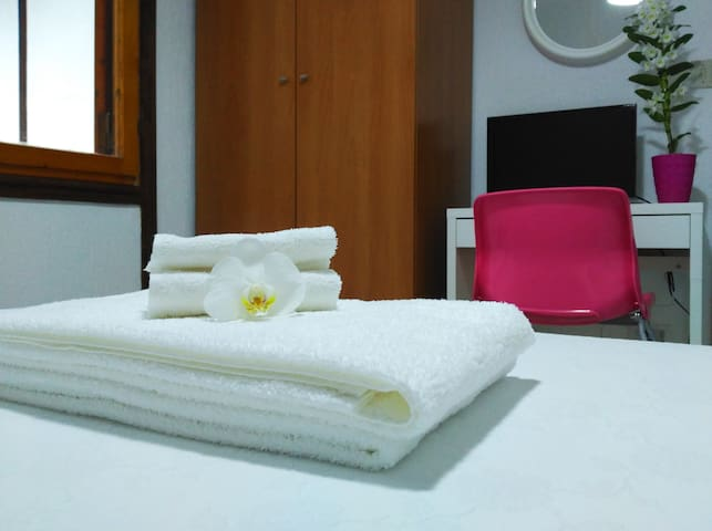 The Lodge Bed and Breakfast - The pink room - Potenza - Bed & Breakfast