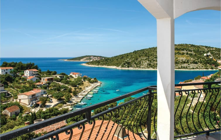 Holiday apartment with 3 bedrooms on 80m² in Sevid