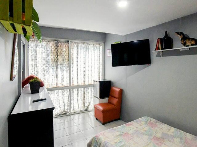 JV-A. Private room, San Miguel Chapultepec