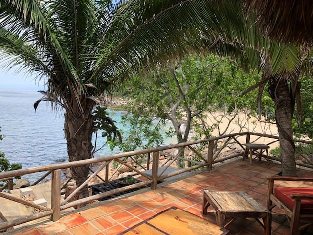 Casa Sirena - private ocean front Puerto Vallarta
