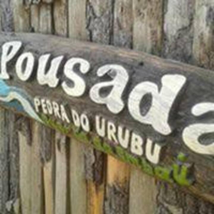 Pousada Hostel e Camping Pedra do Urubu