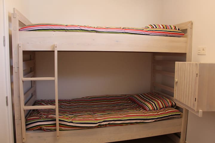 bunkbeds for the kiddies