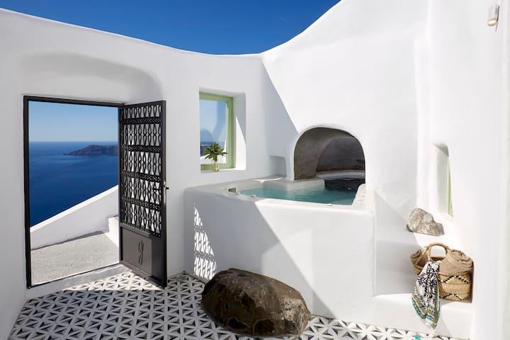 2 Bedroom Villa, Volcano View, Outdoor Jacuzzi
