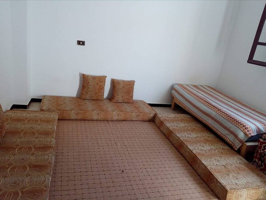 Une maison hamam laghzez case in affitto a k libia for Case a buon mercato 4 camere da letto