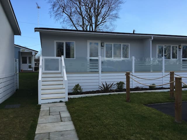 Fantastic 2 bedroom holiday home on the Broads
