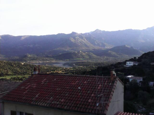 Chambre chez l'habitant - Santa-Reparata-di-Balagna - Casa