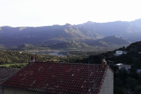 Chambre chez l'habitant - Santa-Reparata-di-Balagna - Ev