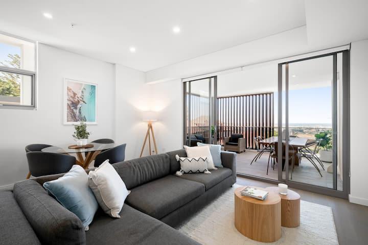 Luxury floor penthouse overlooking Bondi Beach