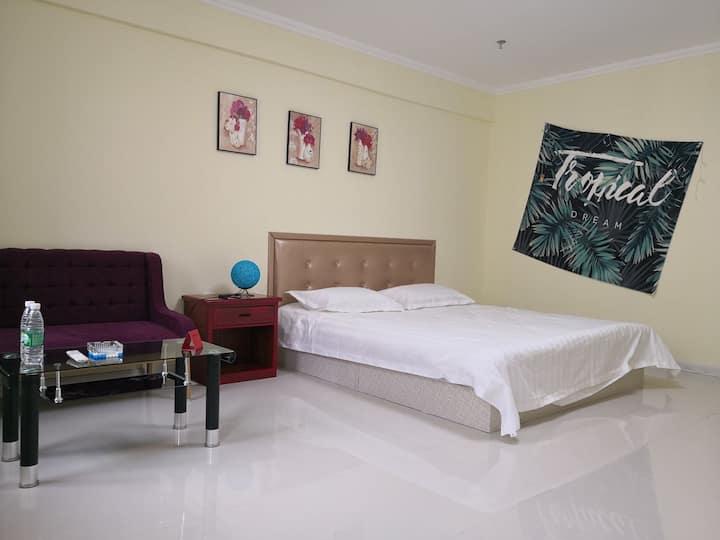 兴隆大家庭臻馨公寓大床房