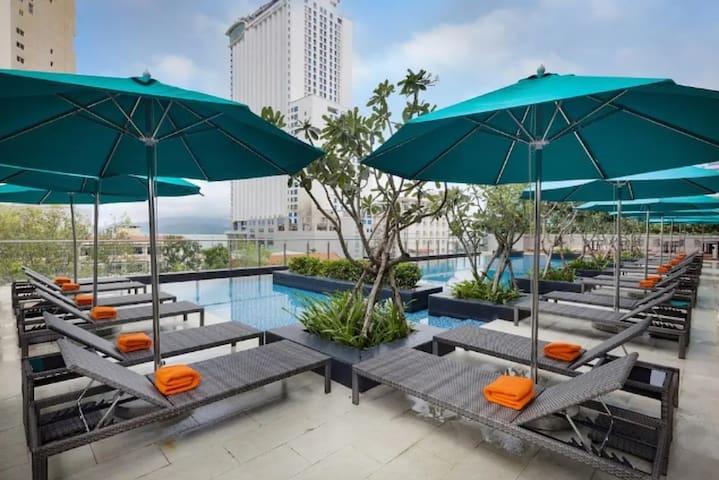 [Vievid 1]Ariyana 4* Hotel flat SeaView CityCenter