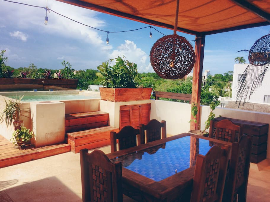 Bring your friends and enjoy beautiful Tulum in the perfect location. Table for 6 on the large rooftop.