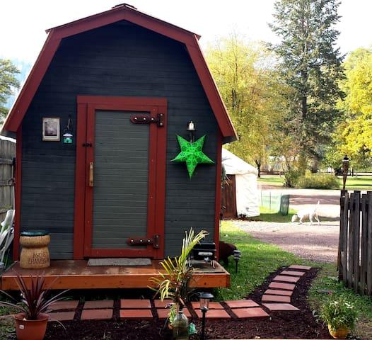 Montana Rustic Cabin *5 Star* - Troy - Chatka
