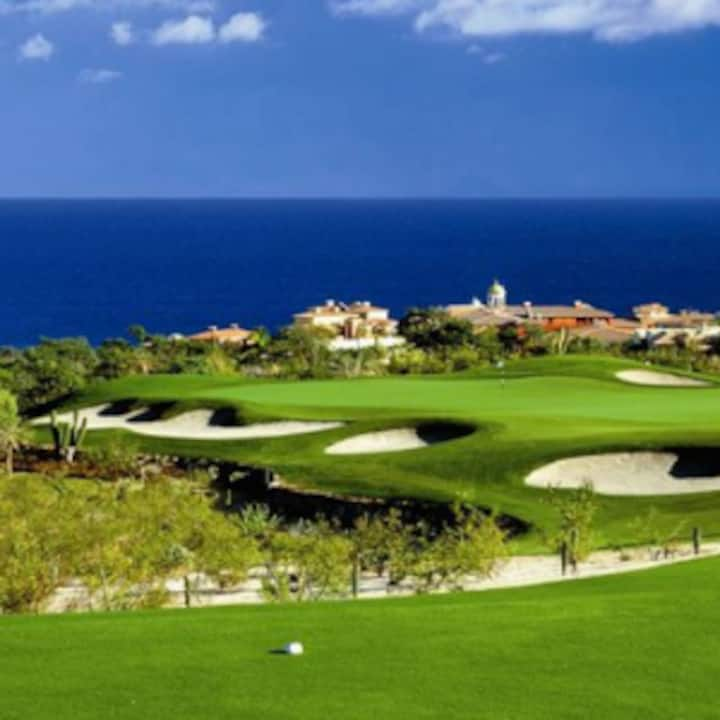 Luxury suite with access to the Quivira Golf Club!