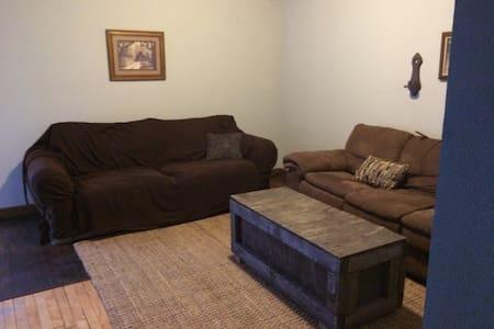 Cozy Boho Apartment in Delano District/ Old Town - Wichita