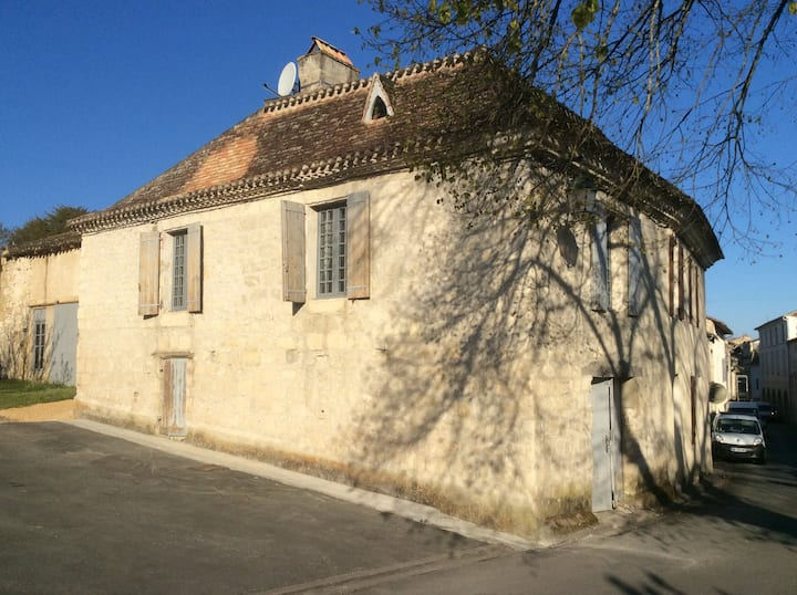 Charming 2 bedroom village house