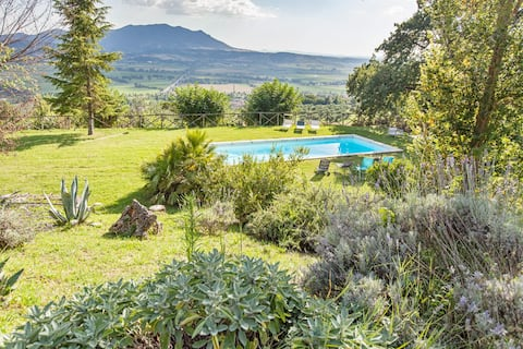 Il Campaniletto Farmhouse  with pool nearRome