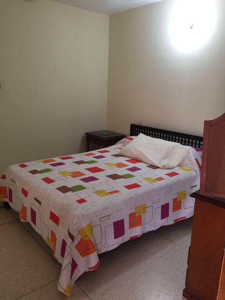 Hermosa habitación con todas las comodidades!