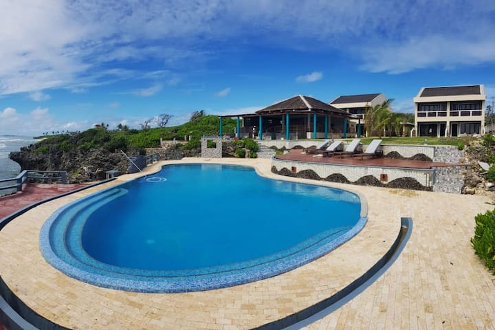 Pacific Seaside Luxury Villas, villa B