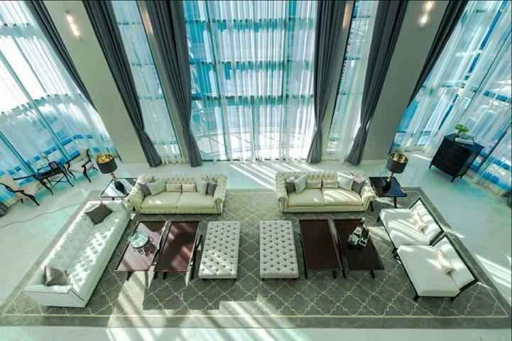 3 Bedroom Penthouse @ Lumphini Park - Bangkok  - Apartment