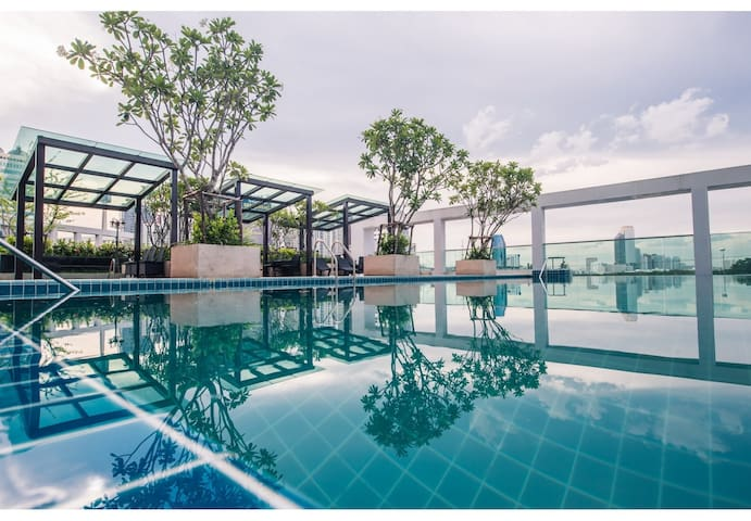 TOPMOST STUDIO 27FL. (T-A397) / WIFI / POOL / GYM - Bangkok - Appartement en résidence