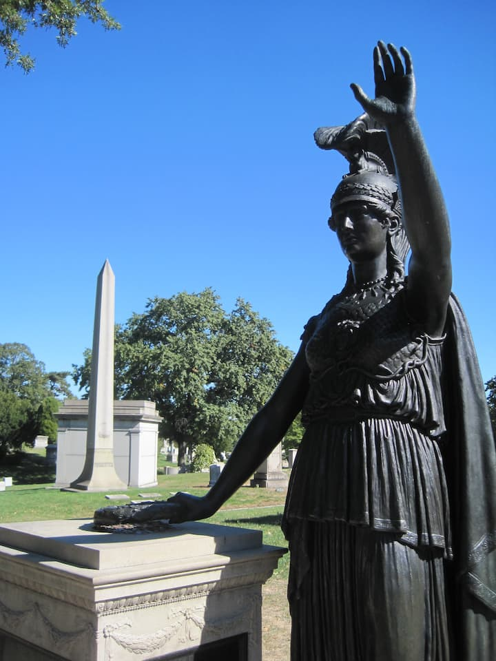 Minerva and the Battle of Brooklyn