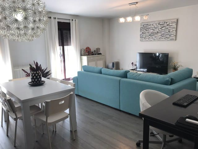 Modern & Cozy! Just 5 mins from Puerto Banús