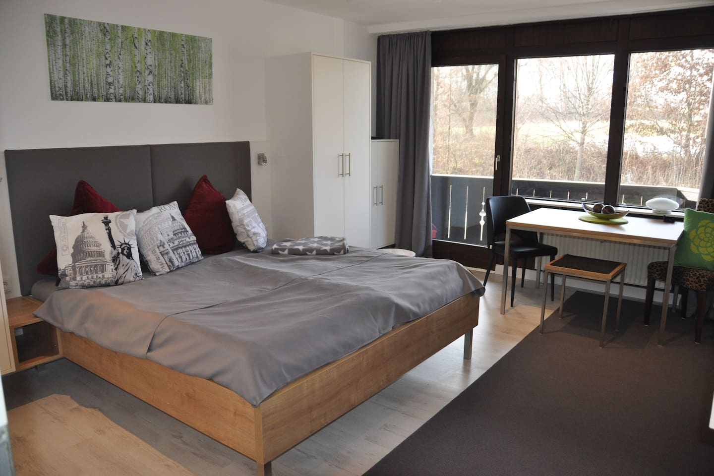 Ansprechend und modern möbliertes Apartment