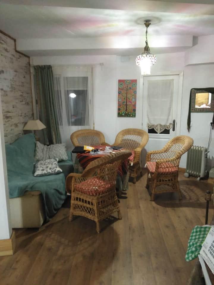 Apartamento, 6 personas, a una hora de Madrid
