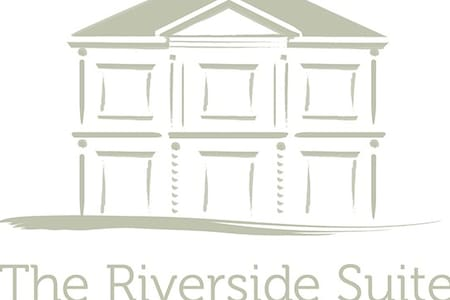 THE RIVERSIDE SUITE - Mira