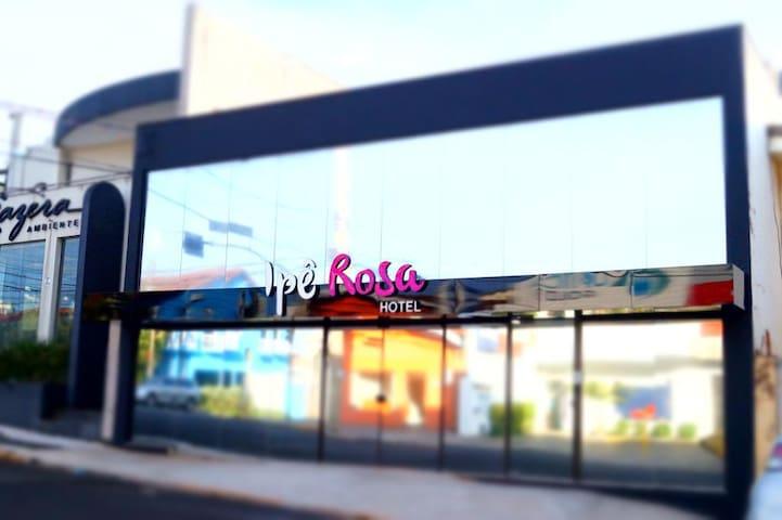 Suíte Dupla Executiva - Ipê Rosa Hotel & CoLiving