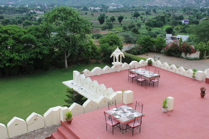 Set of 3 Luxurious Deluxe Rooms in  Pushkar