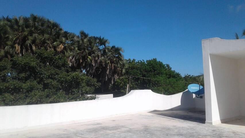 Malindi elegance House 3 bedroom sleeps 8 at beach