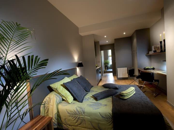 """Suite JADE Appart'Hotêl """"VILLA13"""" Limoges"""