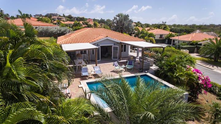 Jan thiel ,Luxe, villa met privé zwembad