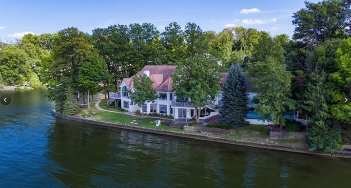 Mansion on Geist Lake / Reservoir: NE Indianapolis